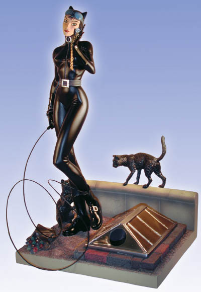 http://www.urban-comics.com/wp-content/uploads/2013/04/cat_figurine_finale.jpg